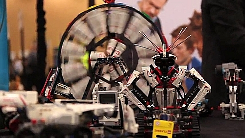 Six Years in the Making: Lego EV3 Robotic Kits arrive at CES 2013